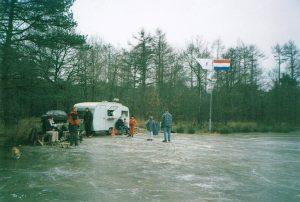 Caravan bij de Mannespoel