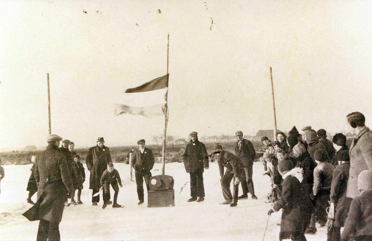 Sfeerfoto wedstrijd plusminus 1940