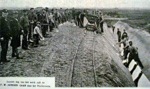 Laatste dag van het werk aan de P.W. Janssenlaan door het Vledderveen